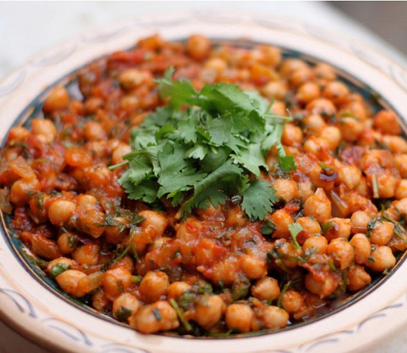 Traditional baked revithia (chickpeas)