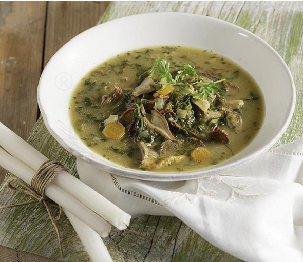 Vegetarian mageiritsa (Greek Easter tripe and herbs soup)