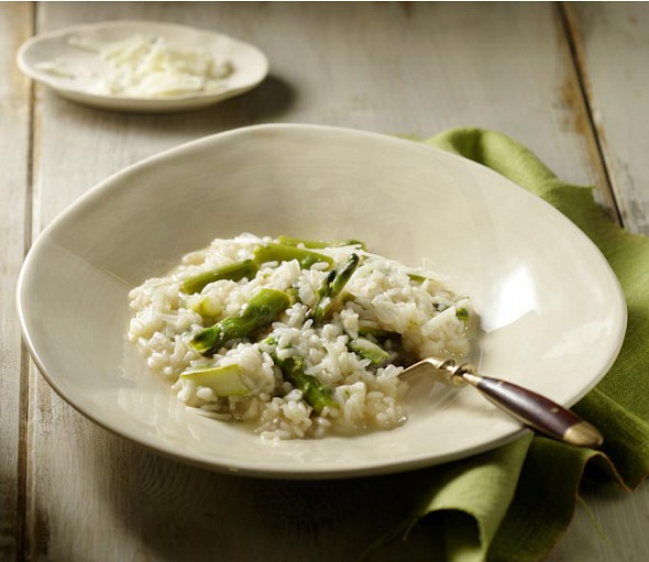 (wild) Asparagus and gruyere cheese risotto